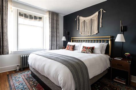 Double Queen Bedroom | The Armstrong Hotel