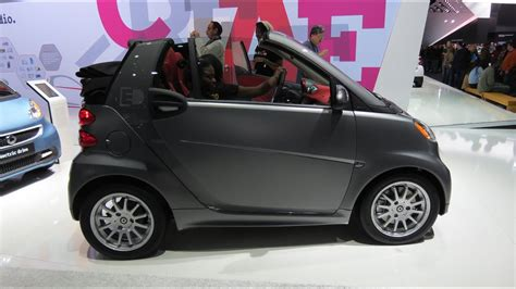 2015 Smart Cabriolet ED At The 2014 NAIAS Auto Show - YouTube
