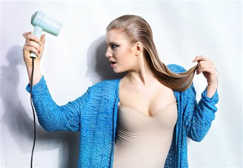 Avoid These 3 Mistakes While Blow Drying Your Hair