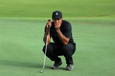 Tiger Woods now has to play alone